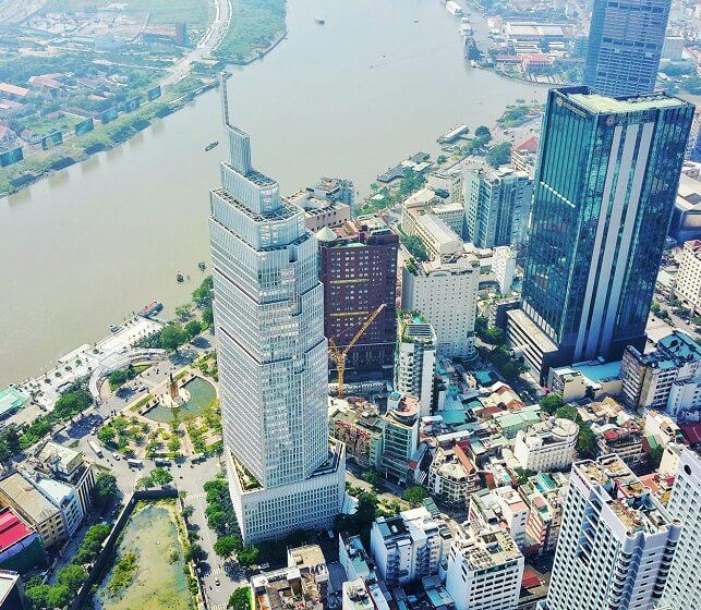 Vietcombank tower với lối kiến trúc độc đáo