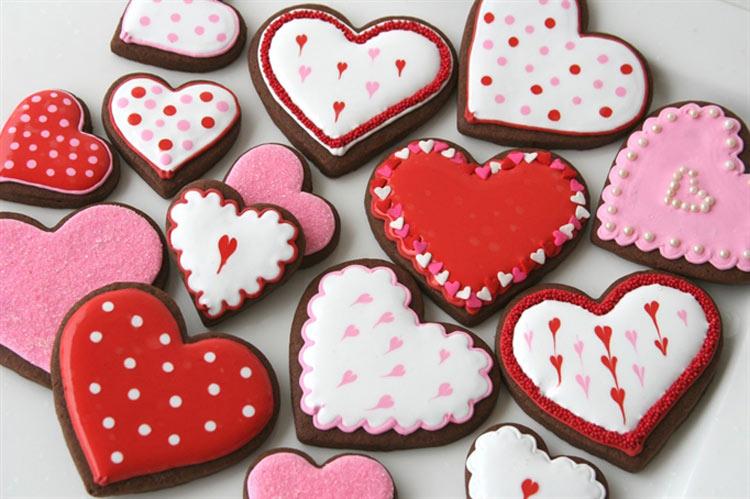 Kinh doanh bánh quy Valentine handmade cho những bạn nữ khéo tay