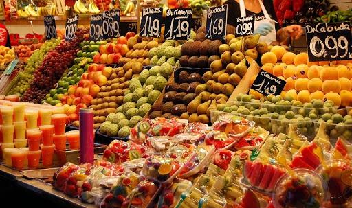 Kinh doanh trái cây ngày ông Táo